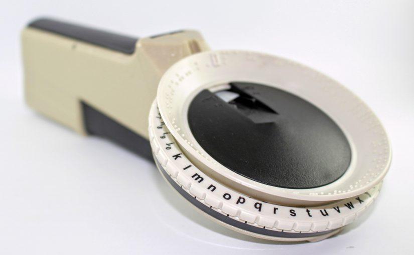 Étiqueteuse braille